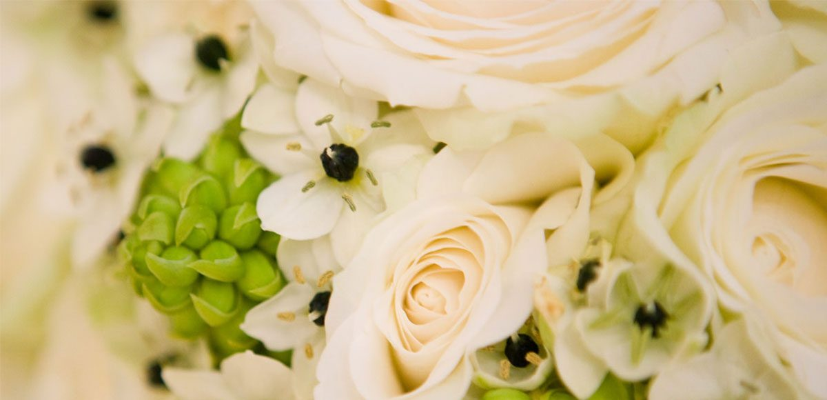 Ivory wedding bouquet close up