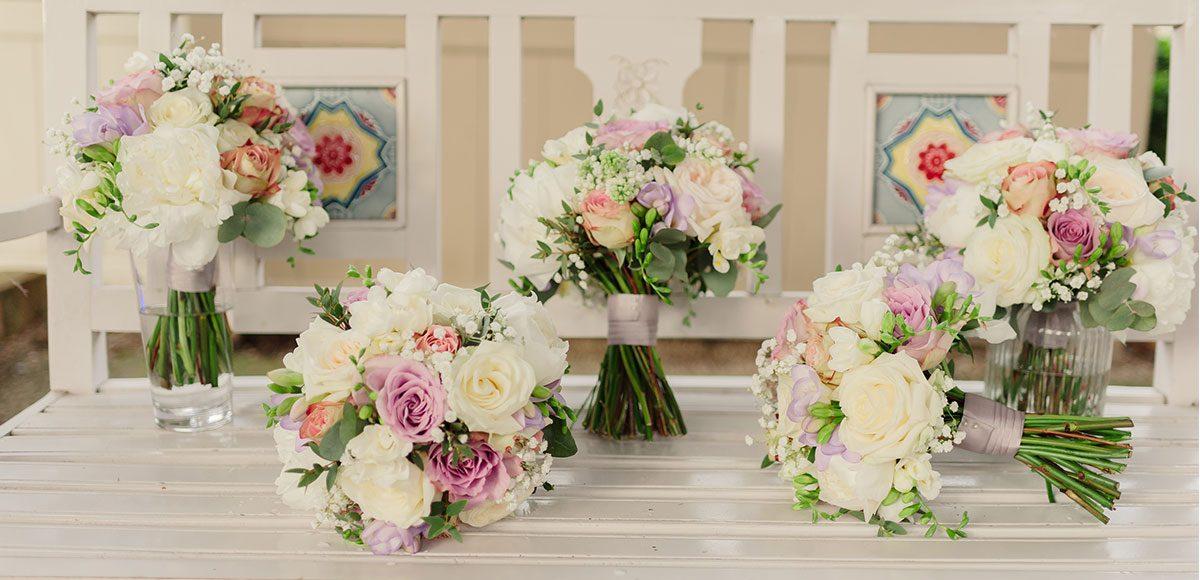 Pastel Spring wedding flowers for a Gaynes Park wedding – barn hire Essex