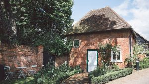 the charming and romantic honeymoon cottage - wedding venues in Essex