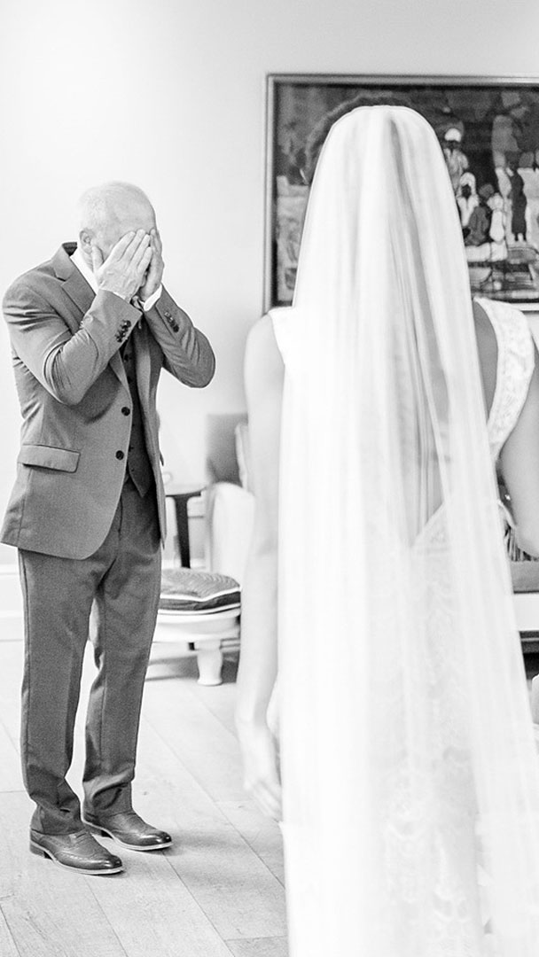 Bride surprises father at this stylish and modern wedding venue with accommodation