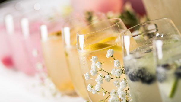 Enjoy refreshing wedding cocktails at Gaynes Park wedding venue in Essex