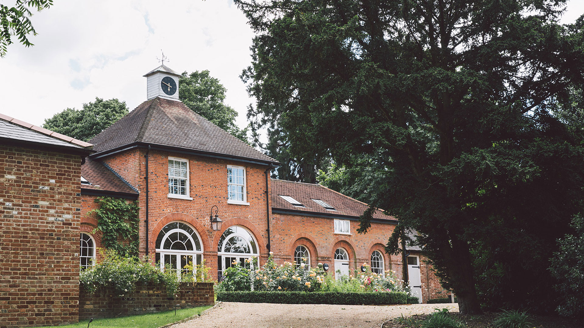 Relax and unwind in the beautiful surroundings of Gaynes Park's wedding accommodation