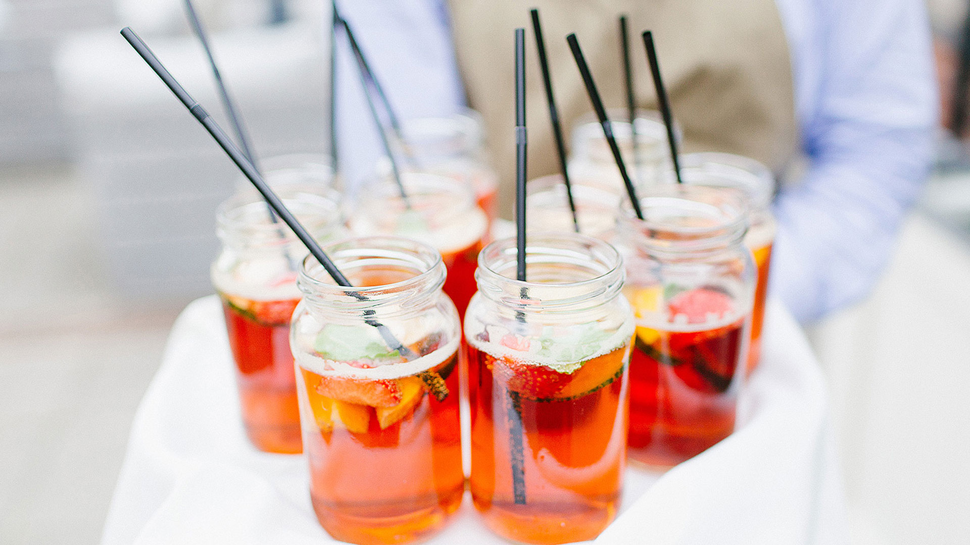 Pimms is a fab summer wedding drink to serve your guests - wedding drink ideas