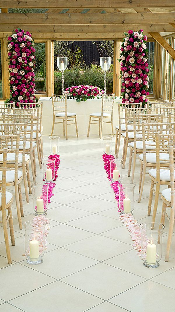 With its neutral décor the Orangery looks stunning with all wedding themes and colours - pink roses